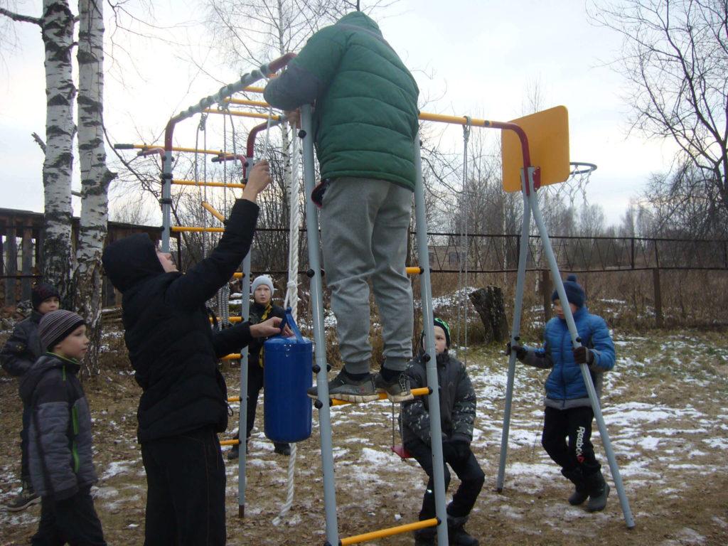 Детская площадка для школы-интернат